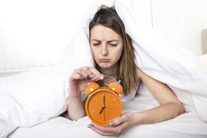 Pourquoi le manque de sommeil fait-il grossir ?