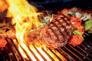 Barbecue: la peau absorbe les particules toxiques de la fumée!