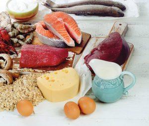 La vitamine B12 est principalement présente dans les viandes et poissons